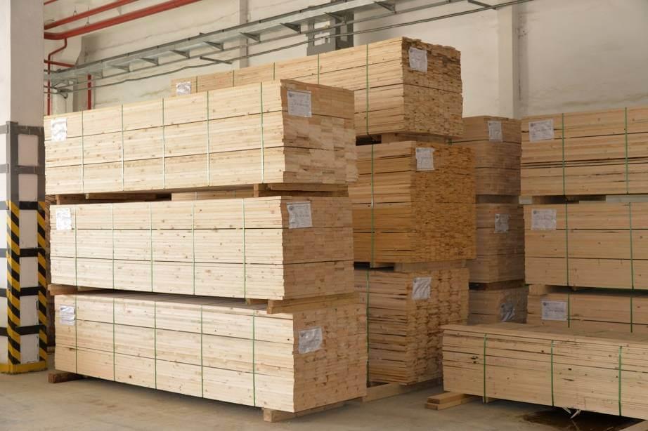 Оператор на деревоперерабатывающее предприятие